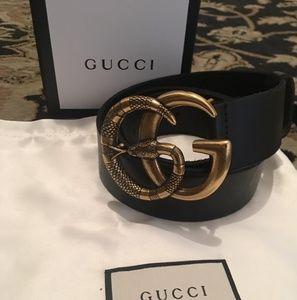Accessories - Black Gucci snake belt